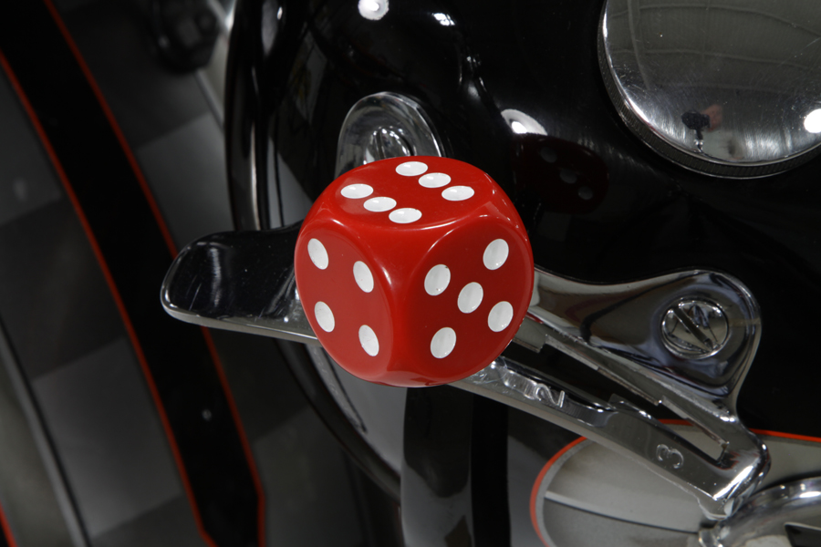 Red Dice Style Shifter Knob